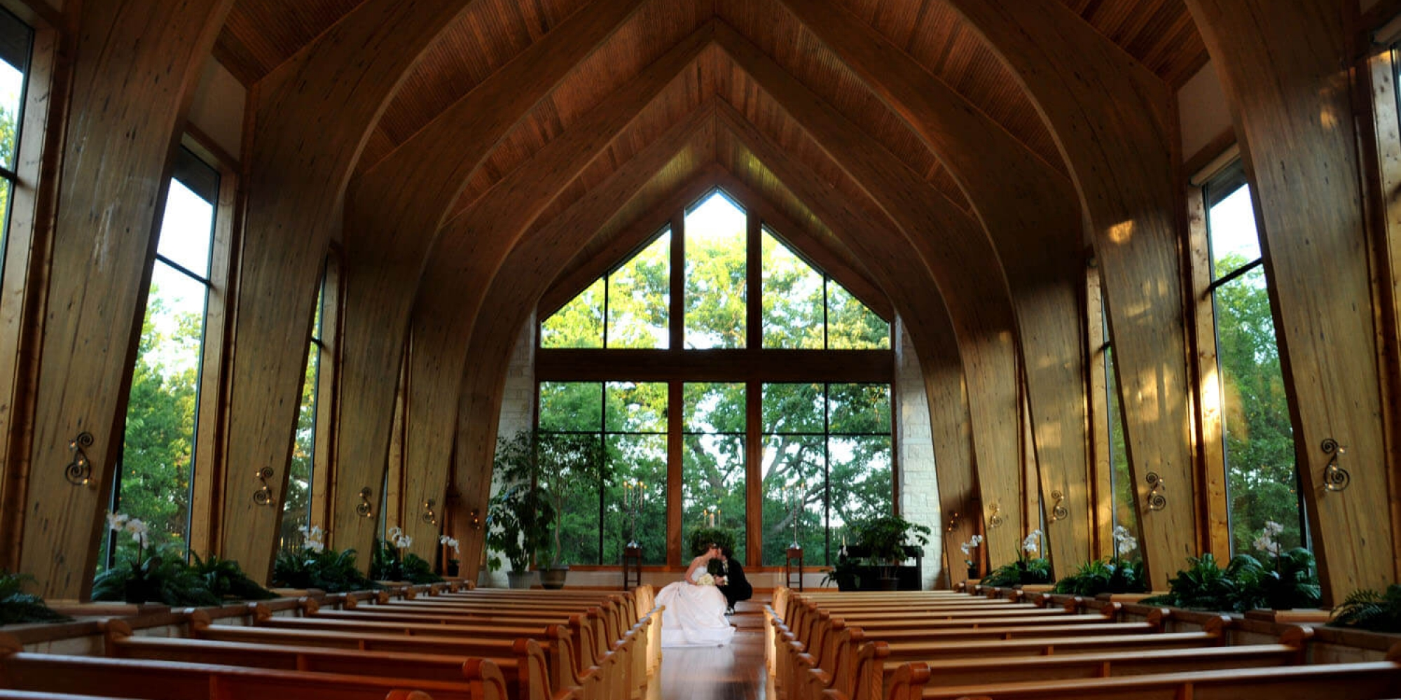 Thunderbird Chapel | Outdoor beauty without the worries!